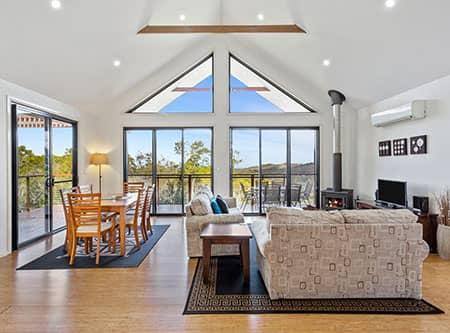 2 Bedroom | Holiday Mountain Retreat | Queensland | Ravensbourne Escape