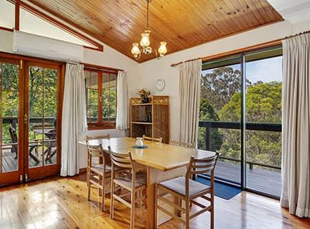 3 Bedroom | Holiday Mountain Retreat | Queensland | Ravensbourne Escape