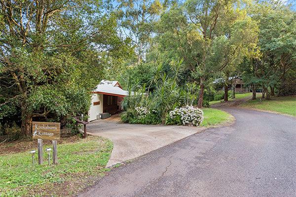 Kookaburra Kottage | Holiday Mountain Retreat | Queensland | Ravensbourne Escape