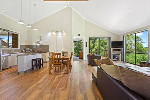 Interior | Holiday Mountain Retreat | Queensland | Ravensbourne Escape