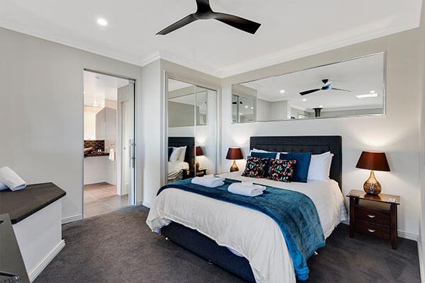 Bedroom| Holiday Mountain Retreat | Queensland | Ravensbourne Escape