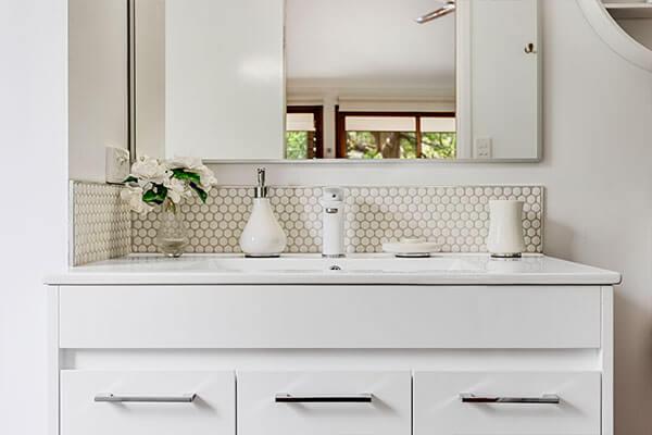 Bathroom | Holiday Mountain Retreat | Queensland | Ravensbourne Escape