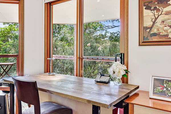 Dining | Holiday Mountain Retreat | Queensland | Ravensbourne Escape
