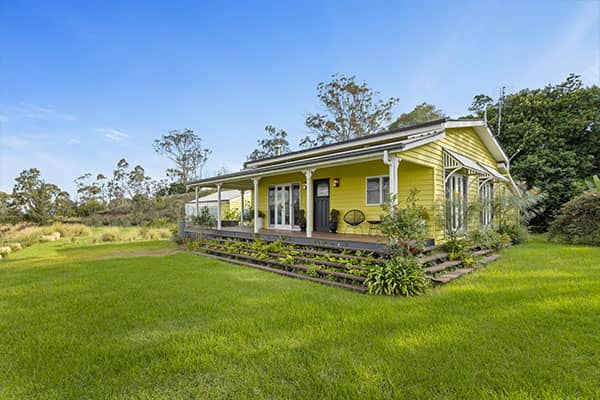 Cabin | Holiday Mountain Retreat | Queensland | Ravensbourne Escape